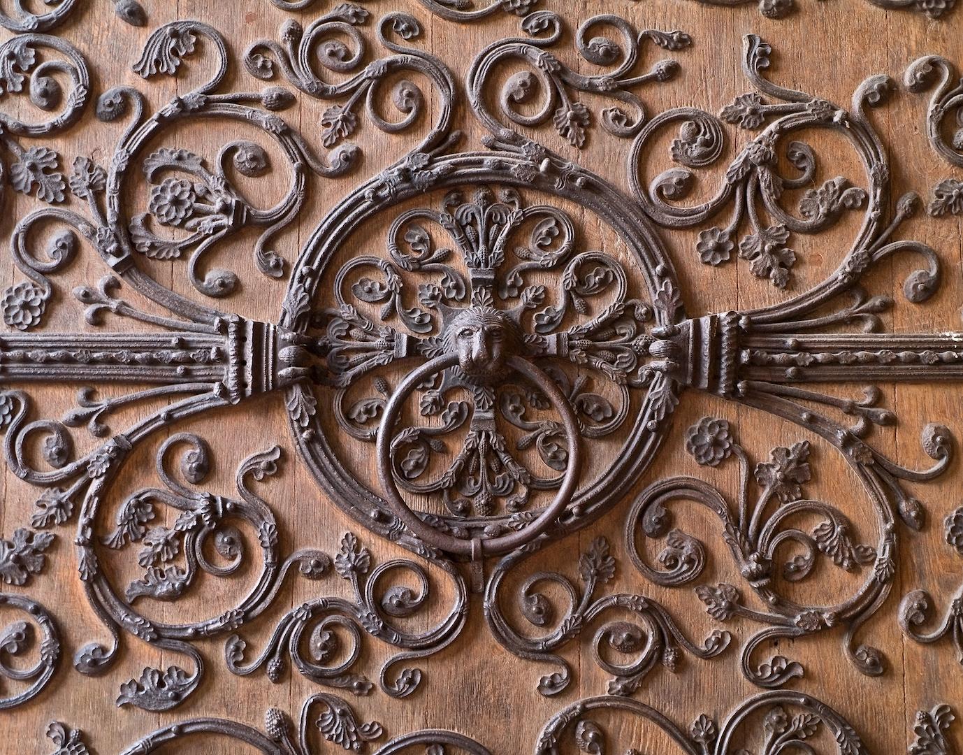 Anneau_portail_de_la_Vierge_Notre-Dame_de_Paris